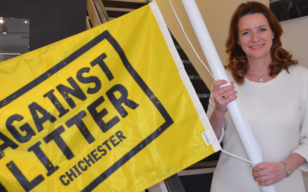 Gillian supporting Against Litter Campaign