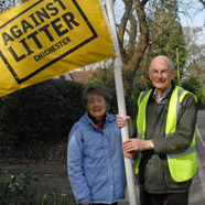 Thumbnail image of Cllr Tony Dignum and his wife, supporting our Against Litter Campaign
