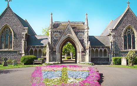 Chichester cemetery Displays a larger version of this image in a new browser window